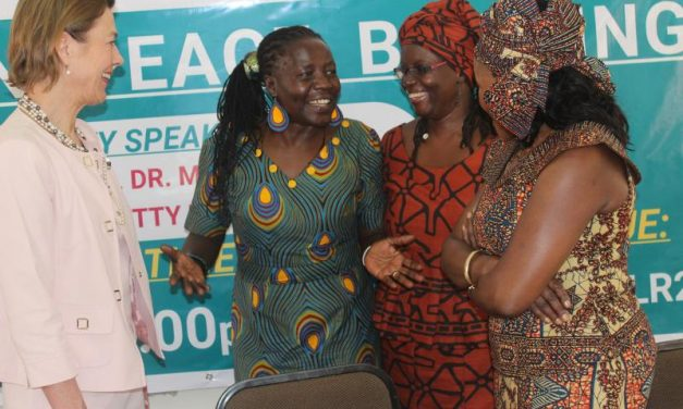 """School of Women and Gender Studies and School of Law hold Public Dialogue on """"Women in Peace Building"""