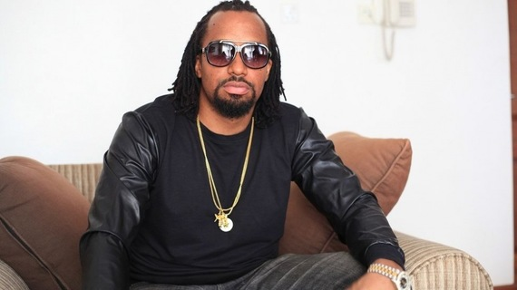 Navio Fights Makerere University Student in a Bar
