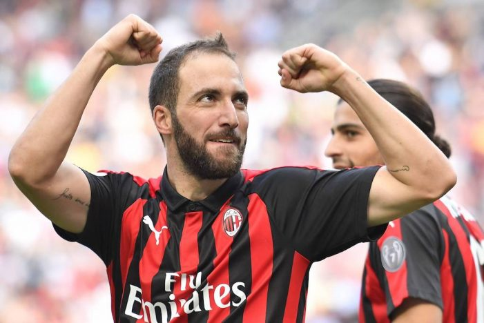 Gonzalo Higuain close to Chelsea move for reunion with Sarri