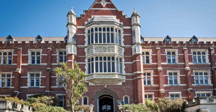 scholarships for study abroad in New Zealand